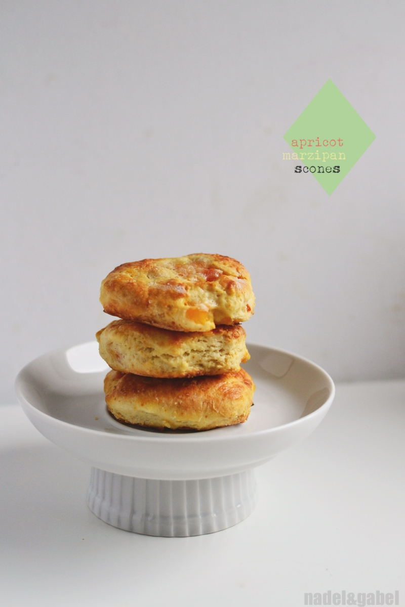 apricot marzipan scones 1
