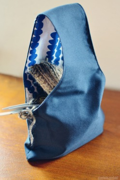 knitting project wristlet 1