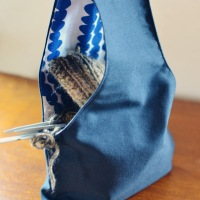 Handy - Reversible knitters project bag