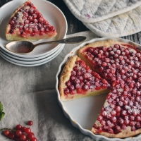 The loved ones - Red Currant Mazarin Tart