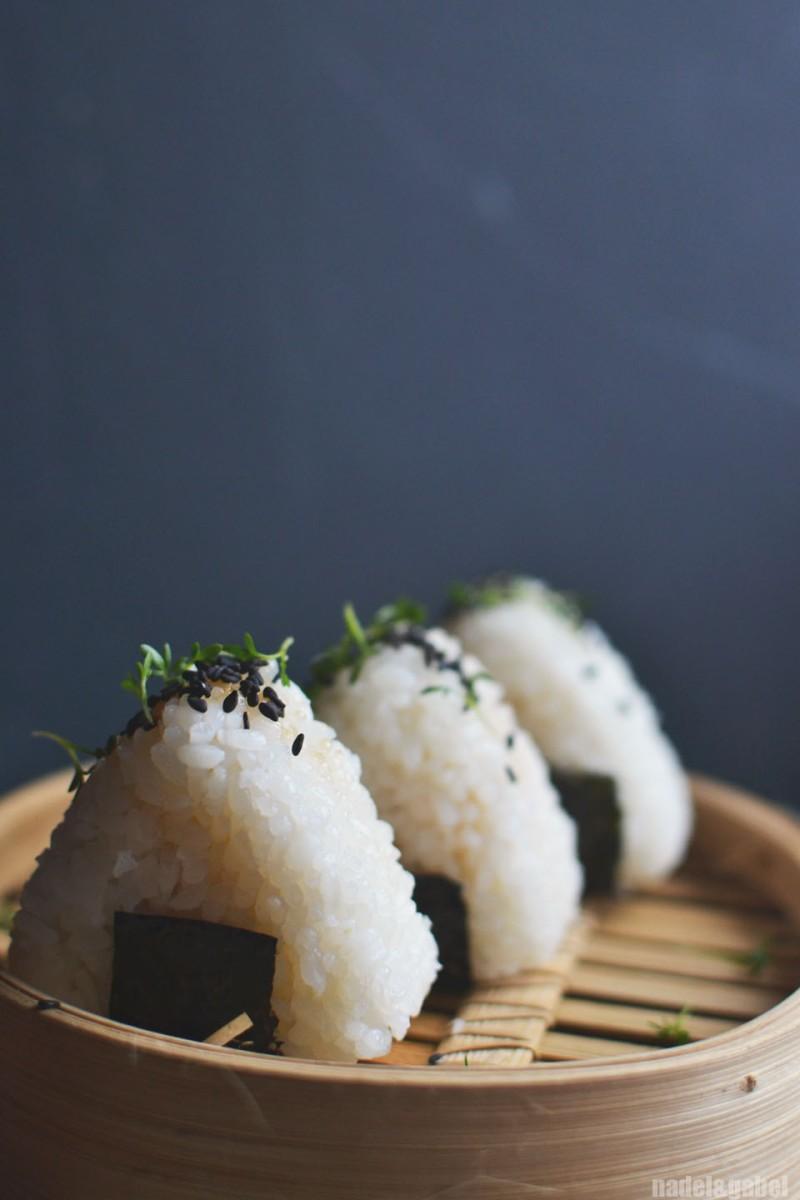 tuna onigiri 1