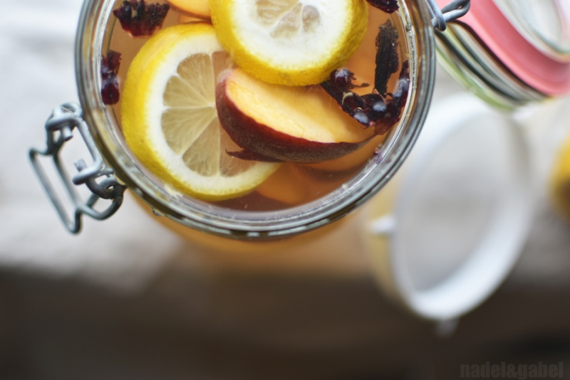 probiotic water kefir drink