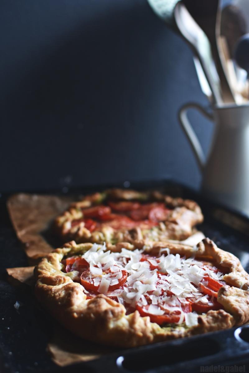 rustic tomato galette
