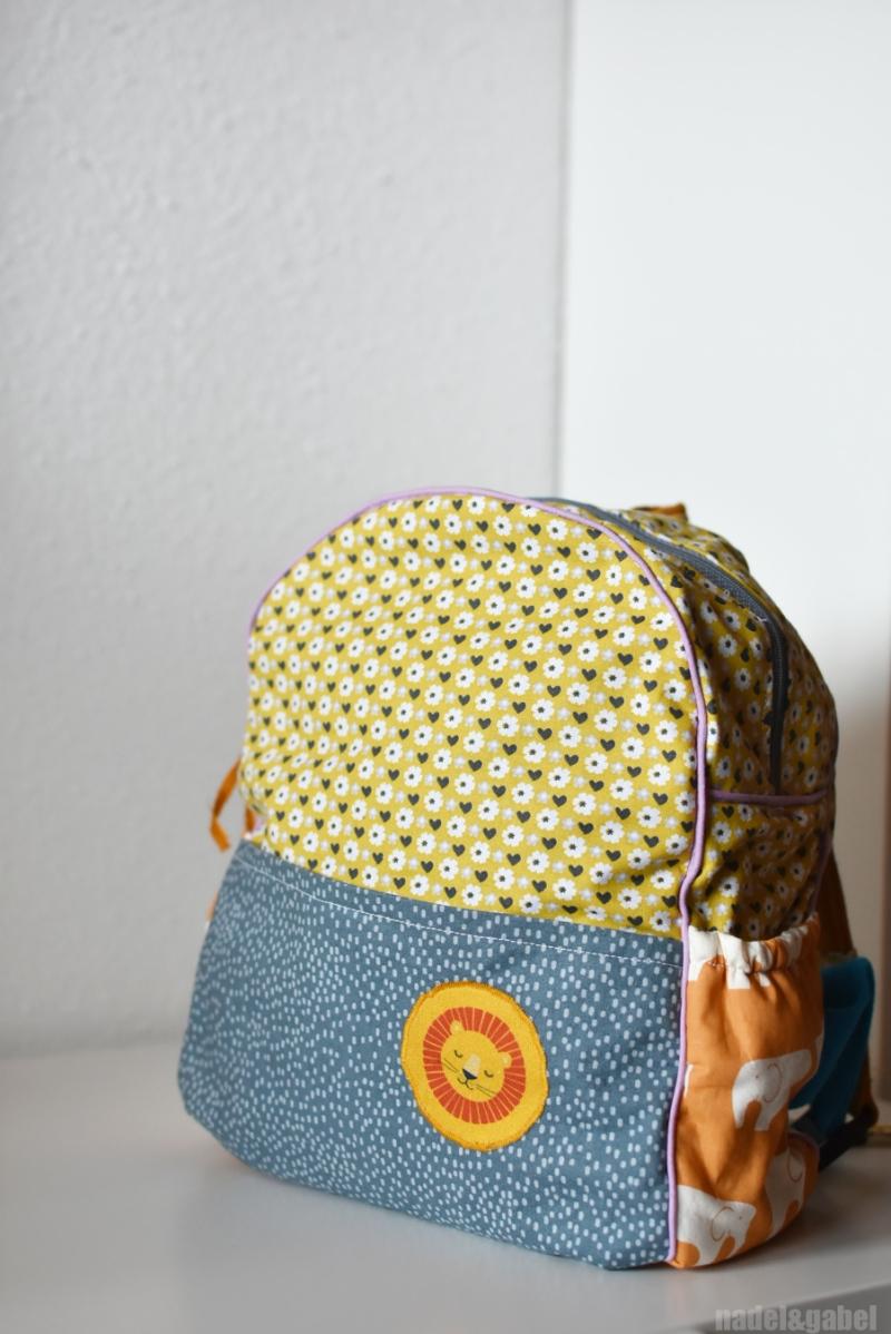 adjustable-toddler-backpack