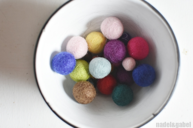 colourful-felt-balls